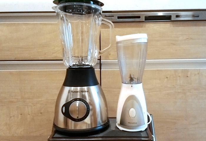 Russell Hobbs(左)とrecolte(右)