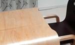 「キコリの小イス」とセットの、木製のこども用のテーブル「キコリのテーブル」を購入