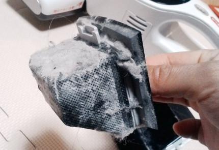 集塵フィルターにはこんなにゴミが。。。