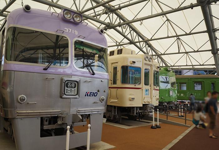 屋外のコーナーには、電車が展示