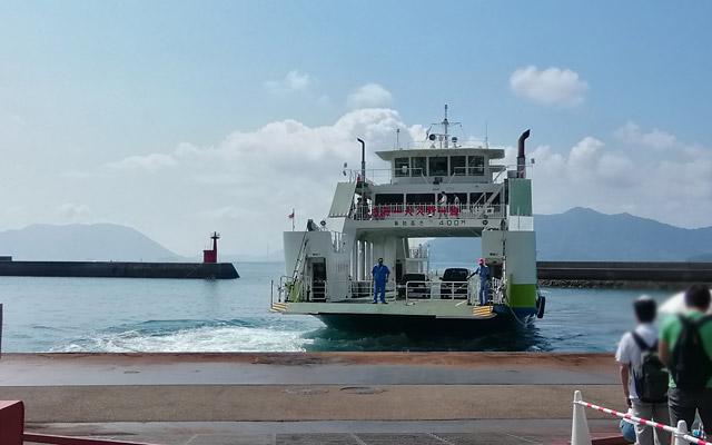 忠海港からフェリーに乗って、うさぎ島へ!