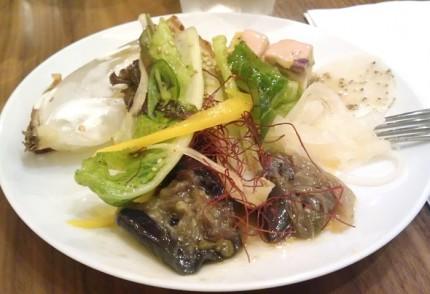 野菜のビュッフェ