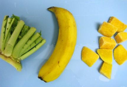 大根の葉、バナナ、冷凍マンゴー