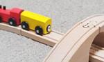 イケアで購入した子供用の列車の木のおもちゃ