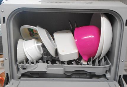 プチ食洗に食器を入れたところ